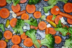 Verdure sulla pentola, alimento sano, stile di vita sano fotografia stock