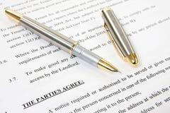 Vereinbarung zwischen Hauswirt und Pächter Lizenzfreie Stockbilder