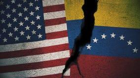 Vereinigte Staaten gegen Venezuela-Flaggen auf gebrochener Wand Stockfotografie