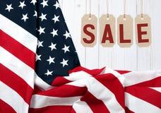 Vereinigte Staaten kennzeichnen Amerikanischer Feiertag Verkauf stockfotografie