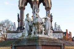Vereinigtes Königreich, London - Detail von Albert Memorial Stockfotos
