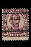 VERENIGDE STATEN - CIRCA-jaren '20: De uitstekende V.S. 3 CentenPostzegel met portret Abraham Lincoln de 16de Voorzitter van Vere stock foto