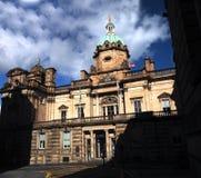 Verenigt de historische architectuur van de straatscène zich in Edinburgh, Schotland, Stock Foto