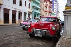 Verfallen und erneuerte Gebäude in alter Havana City, Kuba lizenzfreie stockfotos