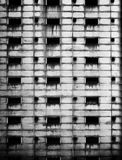 Verfallenes Stahlgebäude lizenzfreies stockfoto