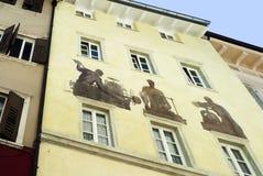 Verfraaid Huis in van Zuid- Bolzano Tirol Italië Stock Fotografie