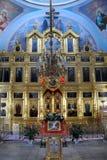 Verfraaide Iconostasis en het Vereerde pictogram in Pasen - Transfi Royalty-vrije Stock Fotografie