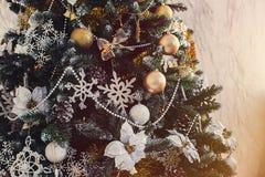 Verfraaide Kerstmis Stock Afbeeldingen