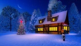 Verfraaide Kerstmisboom en rustiek huis bij nacht Royalty-vrije Stock Foto
