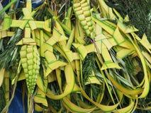 Verfraaide palm typisch op Palmzondag Stock Afbeelding