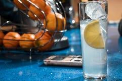 Verfrissende op smaak gebrachte drank stock foto's