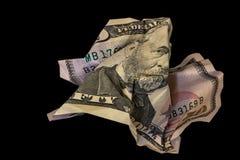 Verfrommelde vijftig die dollarrekening op zwarte achtergrond wordt geïsoleerd royalty-vrije stock foto's