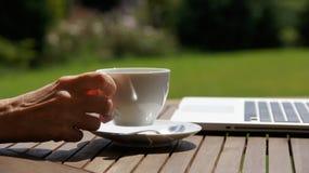 Verg een tijd voor koffie Royalty-vrije Stock Foto's