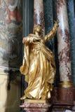 Vergine Maria, altare dell'incrocio santo, chiesa di Barmherzigenkirche a Graz Immagini Stock
