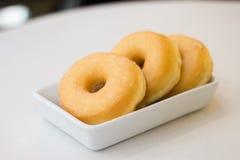 Verglaasde doughnut Stock Afbeeldingen