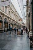 Verglaasde het winkelen arcade in Brussel royalty-vrije stock foto