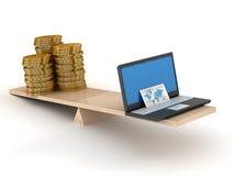 Vergleich des elektronischen Geschäftsverkehrs und des Bargeldes. Lizenzfreie Stockfotos