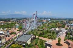 Vergnügungspark gesehen von oben Stockfoto