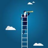 Vergrößerungsglas, das auf ein Diagramm sich konzentriert Kletternde Leiter, die Gelegenheit schaut Lizenzfreie Stockbilder