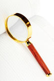 Vergrootglas over de agenda Royalty-vrije Stock Foto