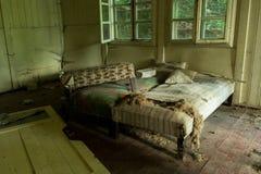 Verheerende Betten Stockbild