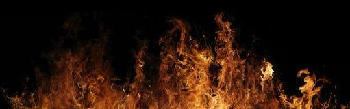 Verheerendes Feuer nachts Stockfotos