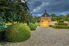 Verhildersum的环境美化的庭院 免版税库存图片