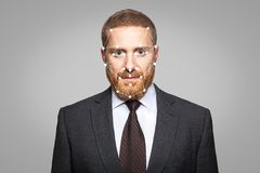 Verificação biométrica - reconhecimento de cara do homem de negócios imagem de stock