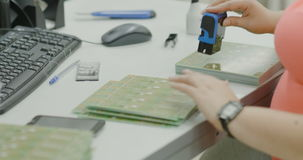 Verificação da qualidade da placa de circuito vídeos de arquivo