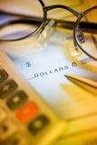 Verificação do dinheiro Fotos de Stock Royalty Free