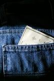 Verificación de la paga del día de cobro Imagen de archivo libre de regalías