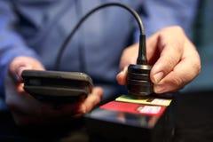 Verificador da espessura da laqueação da calibração com calço plástico foto de stock royalty free