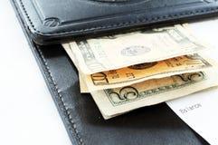 Verifique com o dinheiro Fotografia de Stock
