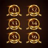 Verjaardags 31-32 Vectorillustrator Eps van het luxekenteken 10 vector illustratie