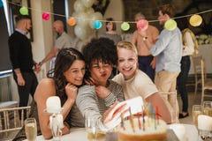 Verjaardagspartij Selfie stock afbeeldingen