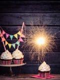 Verjaardagssterretje Cupcakes Stock Fotografie