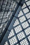 Verjas de la sombra en el hormigón Imagen de archivo libre de regalías