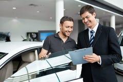Verkauf der Automobile Stockfoto