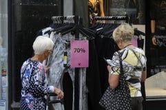 70% Verkauf am Einzelhandelsgeschäft Stockfotografie