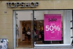 50% VERKAUF AN TOPSHP Lizenzfreie Stockfotos