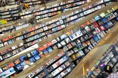Verkauf von CD im Speicher Stockbild