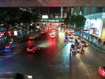 Verkeer in Bangkok stock foto's