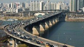 Verkeer bij de Stad van Seoel, Zuid-Korea Tijdtijdspanne HD stock video