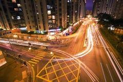 Verkeer bij Nacht, Hongkong Stock Afbeelding