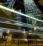 Verkeer door de stad in in Hongkong Royalty-vrije Stock Fotografie