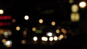 Verkeer het drijven bij nacht stock footage