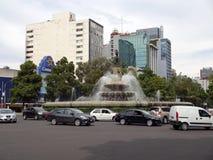 Verkeer in Mexico-City Van de binnenstad Stock Afbeeldingen