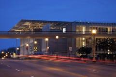 Verkeer op de straat voor het Instituut van de Kunst Royalty-vrije Stock Afbeeldingen