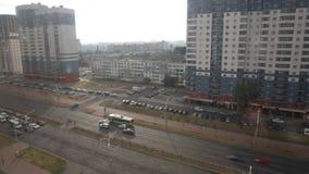 Verkeer op het verkeer van de stadsstraat, tijd-tijdspanne stock footage