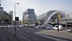 Verkeer op Rotterdam Blaak stock videobeelden